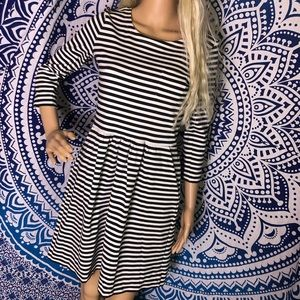 J Crew Dress 4 Pocket Black Stripe Quarter Sleeve